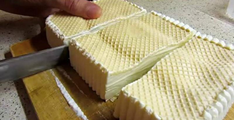 Naprosto jednoduchá domácí zmrzlina pouze ze 3 surovin hotová rychle jako z dětství recept