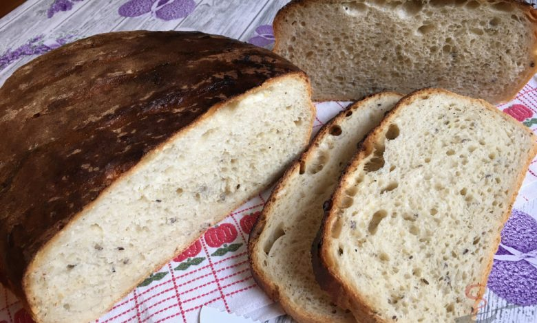 Bramborový chlebíček i pro úplné začátečníky – starodávné těsto bez práce.