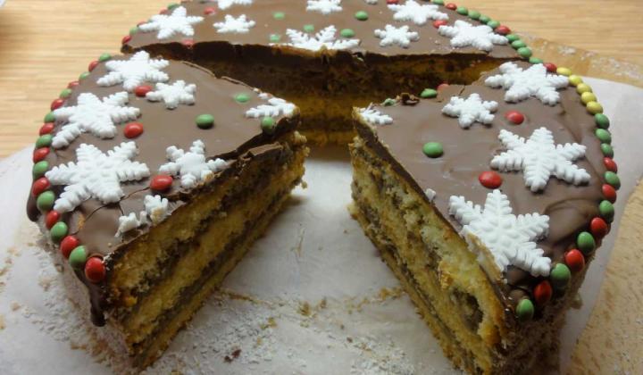 Jak upéct vánoční dort s lehkým krémem s příchutí Melty | recept