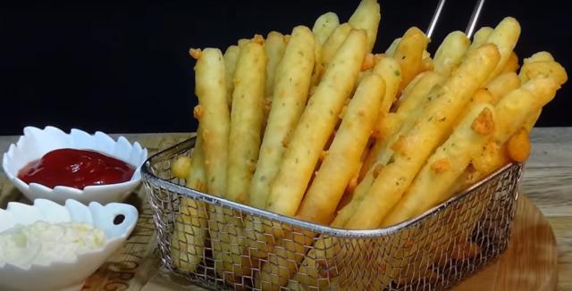 Prudce žravé sýrové tyčinky: Po těchto tyčinkách se jen zapráší vždy, když je dám na stůl !