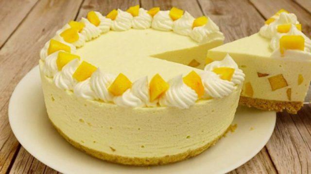 Mega chutná broskvová dort, která se nepeče: Takové recepty miluji – žádná práce a šťastná je celá rodina !