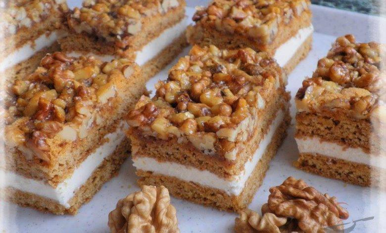 Medovo-ořechové řezy – nebíčko v tlamičce