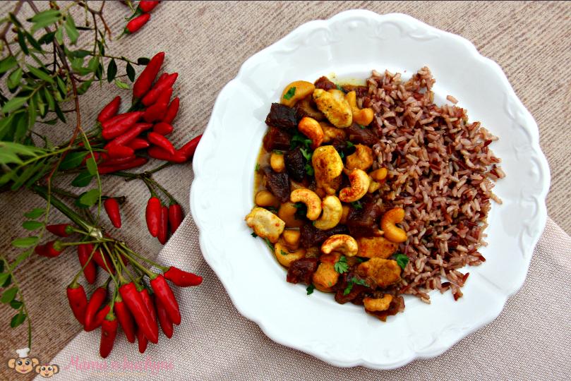 Kuřecí nudličky s kešu, sušenými meruňkami a kokosovým mlékem (od 2 – 3 let)