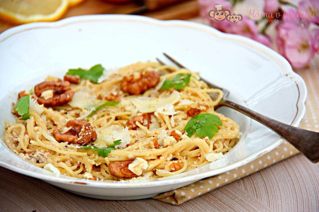 Špagety s ořechovou omáčkou (od 2 – 3 let)