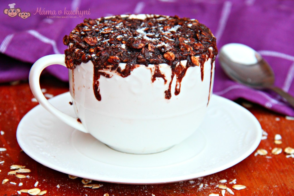Kakaovo-kokosový mugcake (od 2 – 3 let)