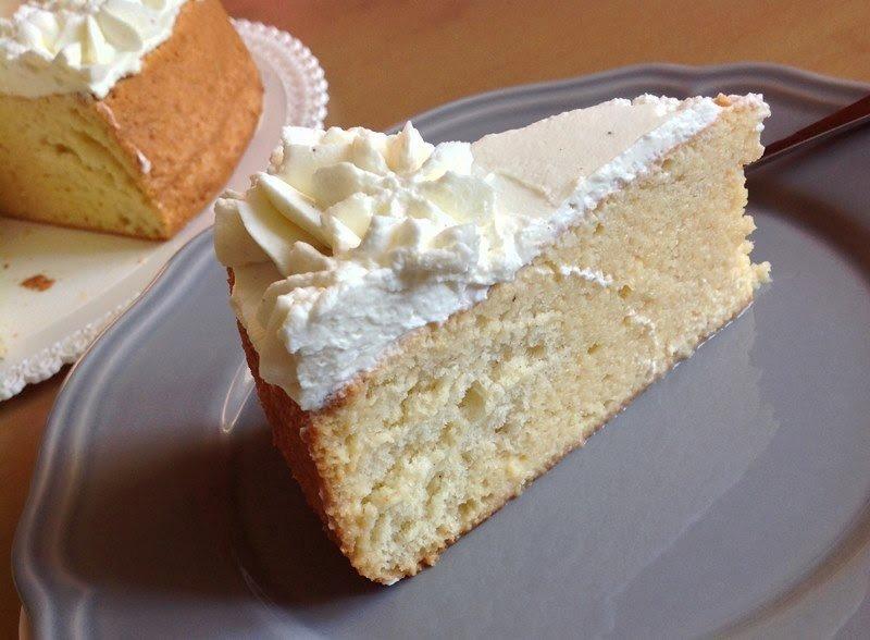 Třímlékový dort (Tres leches cake)