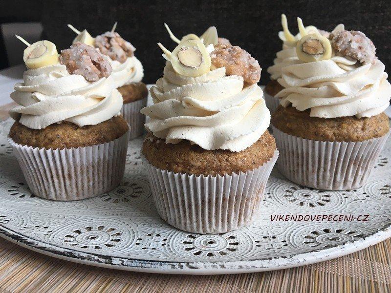 Mrkvové cupcakes s javorovým sirupem