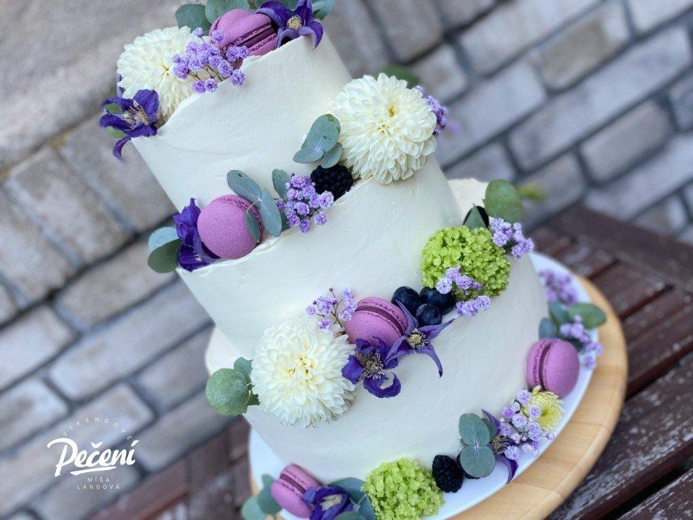 Jak sestavit patrový dort