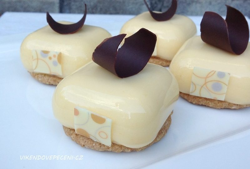 Citronové dortíky s mangem