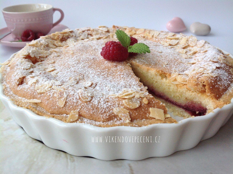 Křehký mandlový koláč