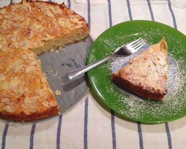 Mandlový koláč s ricottou