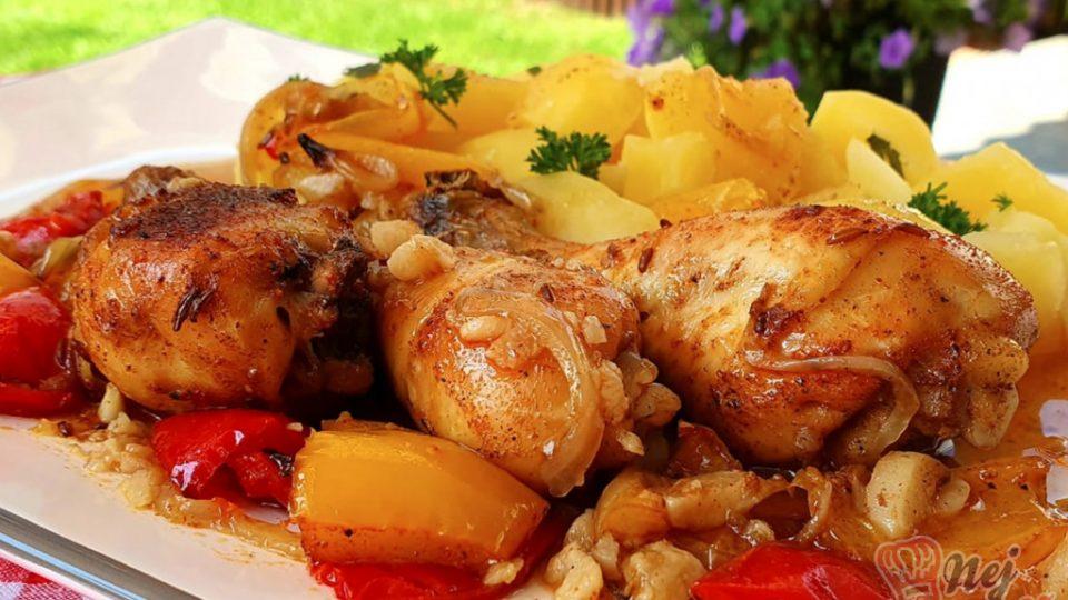 Kuřecí paličky na cibuli, česneku a paprice