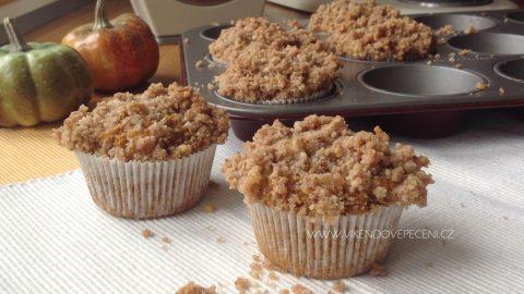 Dýňové muffiny s ořechovou drobenkou