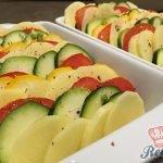 Zapečené brambory s cuketou a rajčetem